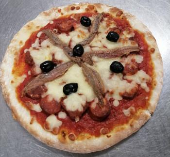 Pizza merguez anchois chorizo