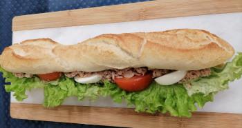 Sandwich thon composé