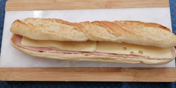Sandwich jambon gruyère